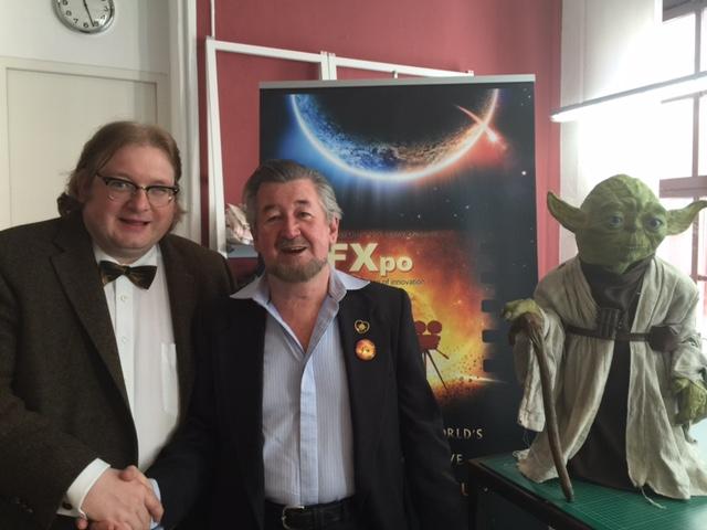 v.r. Yoda, Nick Maley und Vorstandsmitglied Matthias J. Lange